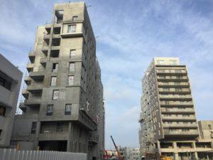 Réalisations de logements et commerces à Massy, département de l'Essonne en région Île de France